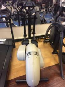 Pre-owned Life Fitness 8500